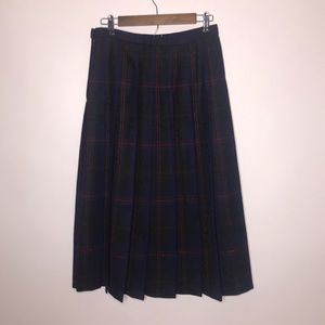 Pendleton | 100% Wool Floral Embossed Plaid Skirt